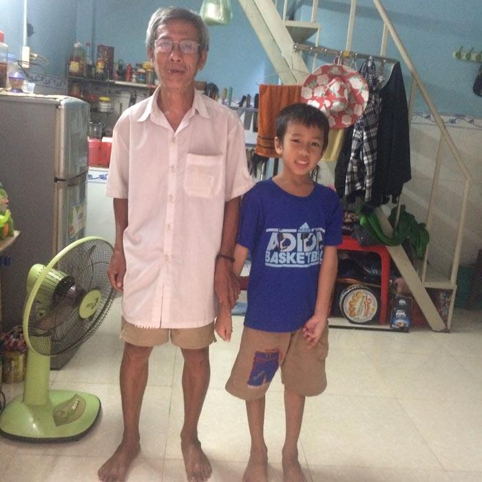 Bé Phan Tuấn Khang, hành trình Khám Bệnh Miễn Phí - Chia sẻ yêu thương